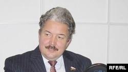 Сергей Бабурин обещает противостоять «атаке клонов»