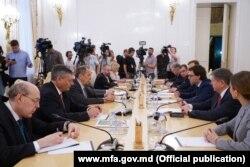 La întâlnirea dintre Serghei Lavrov și Nicu Popescu