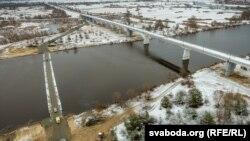 Закрыты мост і пантонная пераправа каля Жыткавічаў