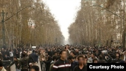 Iranian opposition supporters at an antigovernment protest in Tehran on December 27. (faces blurred by photographer Dara)