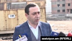 Armenia -- Abovian Mayor Vahagn Gevorgian speaks to reporters, March 5, 2020.
