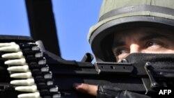 Fransa jandarması hərbi təlimlərdə, 5 fevral 2010