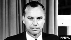 Former Radio Free Europe Director Ralph Walter