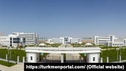 Больница в Чоганлы, пригороде туркменской столицы.