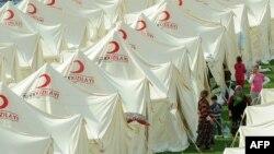 Один из палаточных городков в провинции Ван для лишившихся крова