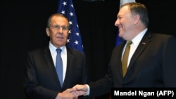 Russian Foreign Minister Sergei Lavrov and U.S. Secretary of State Mike Pompeo (file photo)