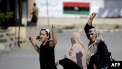 Лівійські жінки святкують у Тріполі, 23 серпня 2011 року