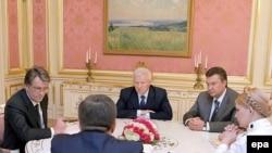 Российские политики знают украинских как своих давних коллег.
