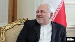 محمدجواد ظریف گفته چون ترامپ حرف از افزایش تحریمها زد، روحانی پیشنهاد مذاکره را رد کرد.