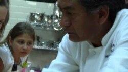 Індіанці навчають українців куховарити