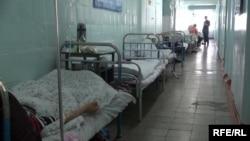 Инфекционная больница в Кыргызстане, куда госпитализированы пациенты с подозрением на корь.