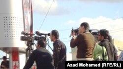 اعلاميون في ساحة السراي- السليمانية