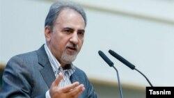 محمد علی نجفی پس از سوگند اعضای شورای شهر تهران، انتخاب رئیس و هیئت رئیسه شورا و رای گیری رسمی به عنوان شهردار معرفی میشود.