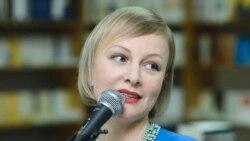 Radmila Popovici-Paraschiv: Când oamenii fredonează piesele mele, m-aș bucura să știe că eu le-am scris