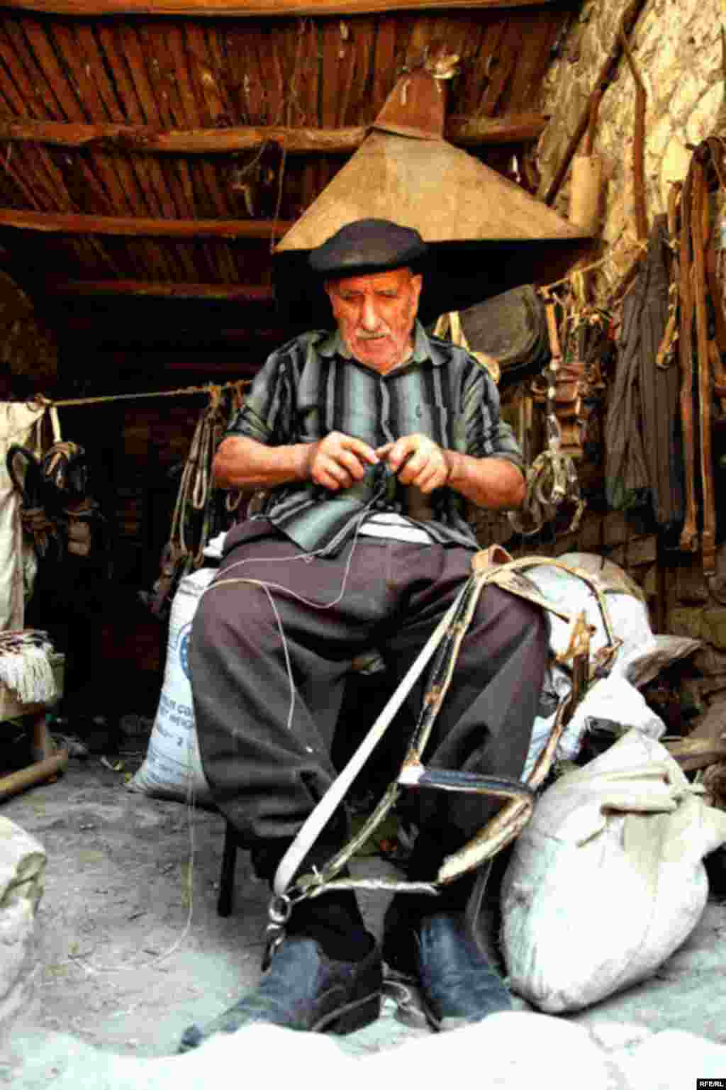 In Azerbaijan, An Ancient Art On The Wane #16