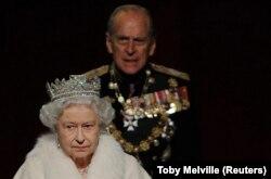 Принц Філіп, герцог Единбурзький, із дружиною королевою Єлизаветою Другою, 2009 рік