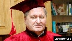 Віктар Ціханаў