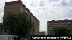 Аварийный дом в микрорайоне Алгабас. Алматы.