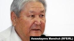 Серикболсын Абдильдин, оппозиционный политик. Алматы, 10 июля 2012 года.