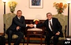 Əliyevlə Sarkisyanın görüşü, Moldova, 2009