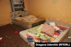 Spavaća soba za jedanaestoro dece i roditelje