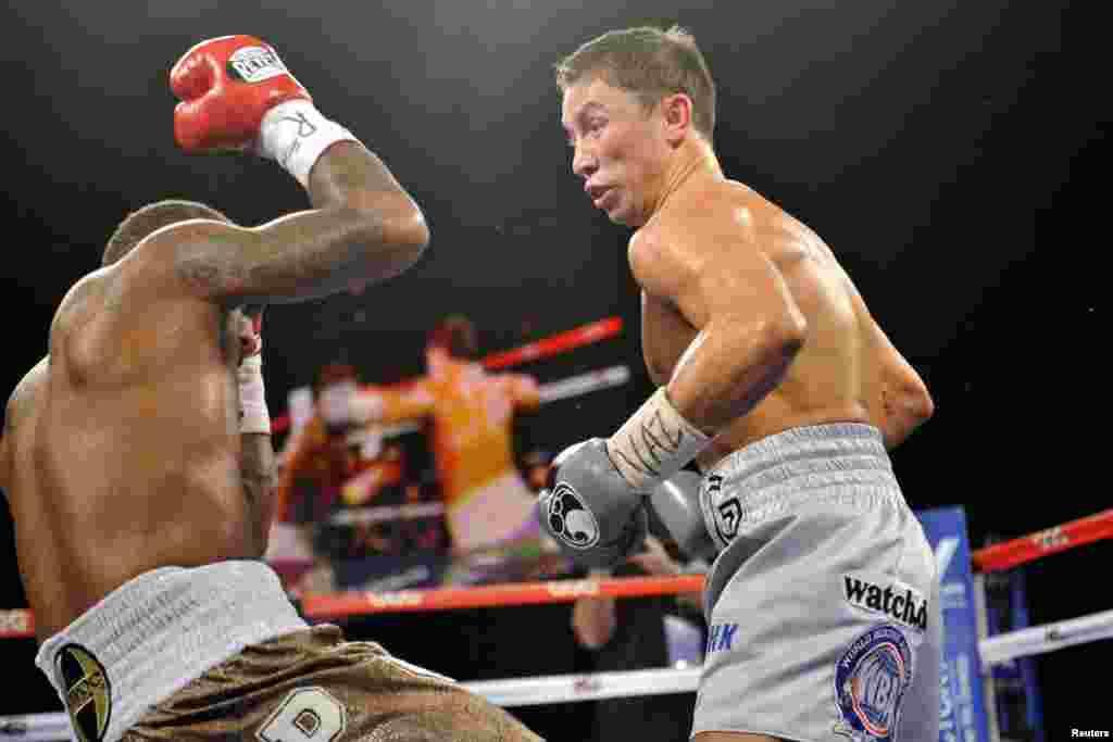 28 жастағы Кертис Стивенс кәсіпқой бокспен 2004 жылдан бері айналысады. Ол биыл тамыз айындамексикалық боксшы Сауль Романды бірінші раундта нокаутпен жеңген еді.