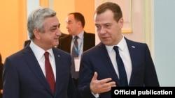 Серж Саргсян (слева) и Дмитрий Медведев, Ереван, 20 мая 2016 г.