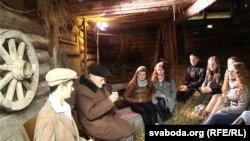 Сустрэча пастаўскіх школьнікаў з Антонам Фурсам