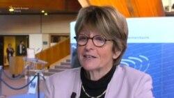 """Anne Brasseur: """"Democrația se construiește greu și se distruge ușor..."""""""