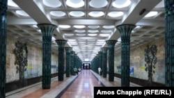 Одна из станций Ташкентского метрополитена, в котором долгие годы не разрешалась фотосъемка.