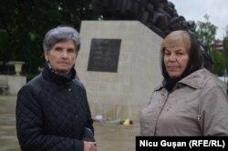 Maria Veșală (stînga) și Nina Corețcaia