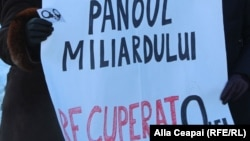 """La un protest al tinerilor din Platforma """"DA"""""""