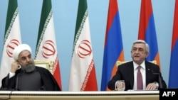 Президенты Армении и Ирана Серж Саргсян (справа) и Хасан Рохани (архив)