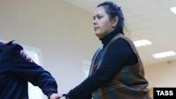 Няня Гульчехра Бобокулова, обезглавившая в Москве 4-летнюю воспитанницу.