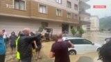 Türkiyədə sel binanı da aparır