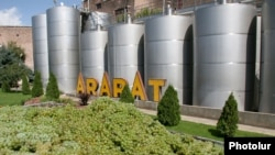 Armenia - Grapes delivered to a brandy distillery in the Ararat province, 7Sep2015.