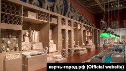 Экспонаты керченского музея на выставке