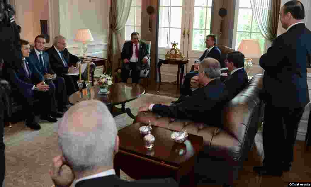 Рөстәм Миңнехановның Төркия президенты Абдулла Гюль белән очрашуы