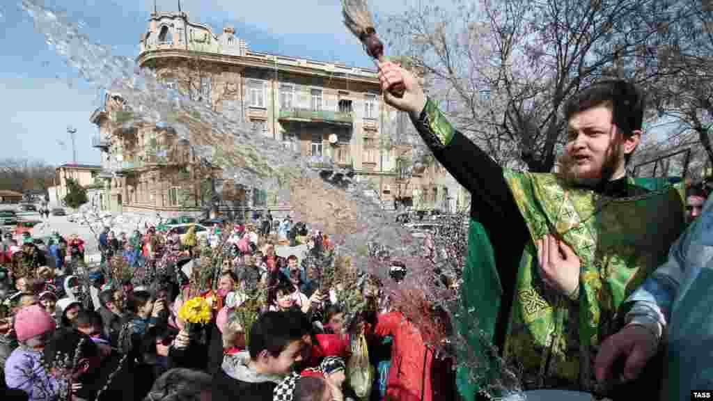1 квітня християни східного обряду святкують Вербну неділю