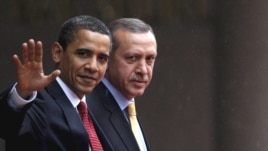 Turkey -- Prime Minister Recep Tayyip Erdogan (R) meets with US President Barack Obama in Ankara, 06Apr2009