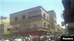 Демонстрация с требованием отставки Башара Асада в Дамаске. 1 июля 2011 года