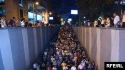 Протестующие на проспекте маршала Багрямяна, 30 июля 2016 года