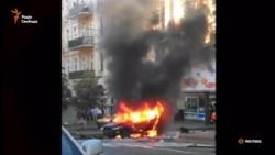 Палаючий автомобіль, в якому був Шеремет, після cмертельного вибуху (відео)