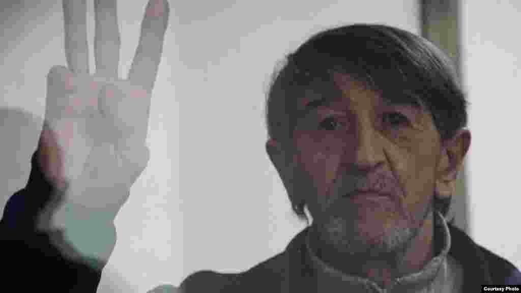 3 березня року Південний окружний військовий суд у Ростові-на-Дону визнав проукраїнського активіста з Криму Олега Приходька винним у зберіганні вибухівки та підготовці до теракту і призначив йому 5 років позбавлення волі в колонії суворого режиму з першим роком у в'язниці