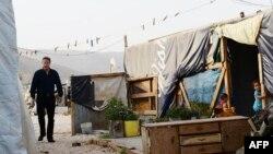 Дэвид Камерон в лагере сирийских беженцев в Ливане