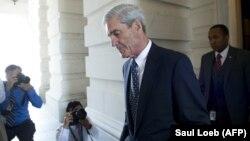 Këshilltari i posaçëm, Robert Mueller.