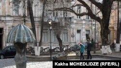 Детали проектов, которые осуществляются в районе старого Тбилиси, населению не известны