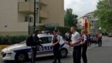 Fransiýanyň polisiýasy eli pyçakly adamyň Parižiň eteginde iki adamy öldürendigini we birini agyr ýaralandygyny habar berdi, Trappes, 23-nji awgust, 2018