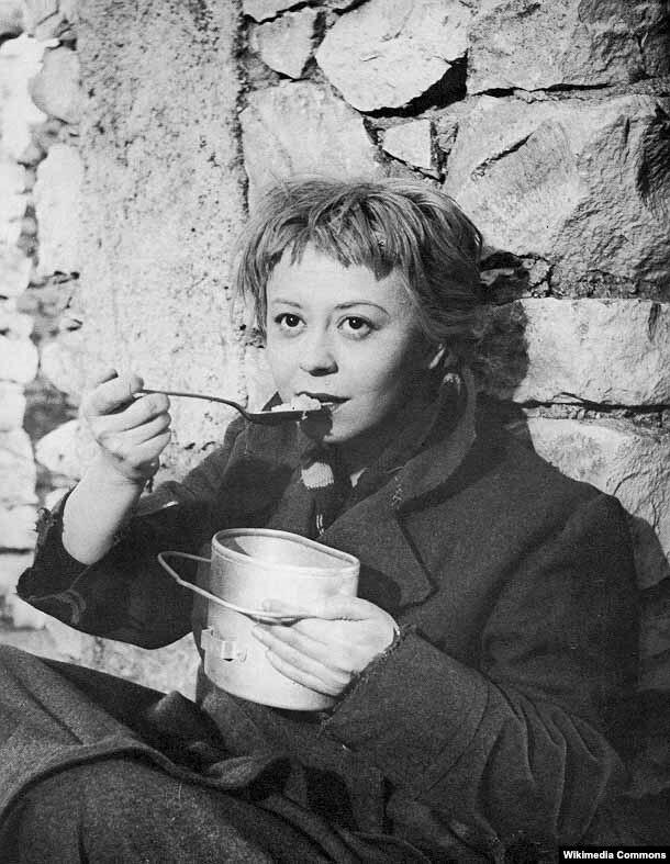 "Giulietta Masina ""Yol"" filmində. 1954-cü il."