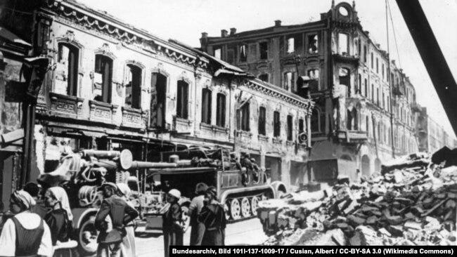 Руины Минска, июль, 1941 год.